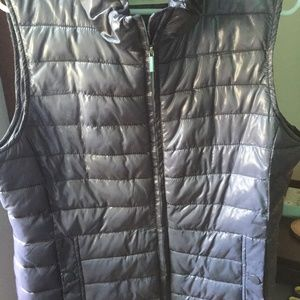 Gray Shiny Relativity Quilted Vest Sz L